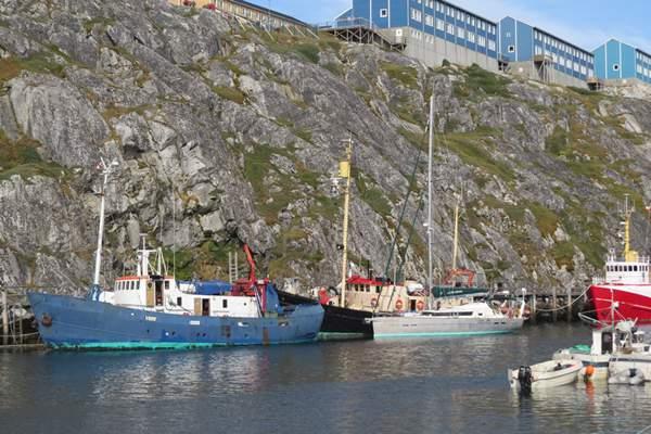 Aventura moored in Nuuk