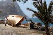 CV-San-Antao-Sanding-boat